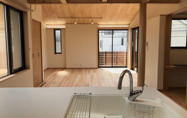 おひさま暖房と自然素材の家